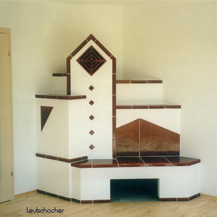kachelofen leutschacher moderne holz fen ofenkacheln. Black Bedroom Furniture Sets. Home Design Ideas