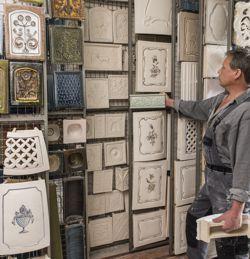 kachelofen leutschacher individuelle planung und herstellung ofenkacheln traditionell. Black Bedroom Furniture Sets. Home Design Ideas